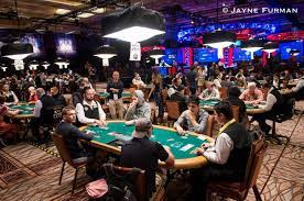 How to Play Poker Tournament